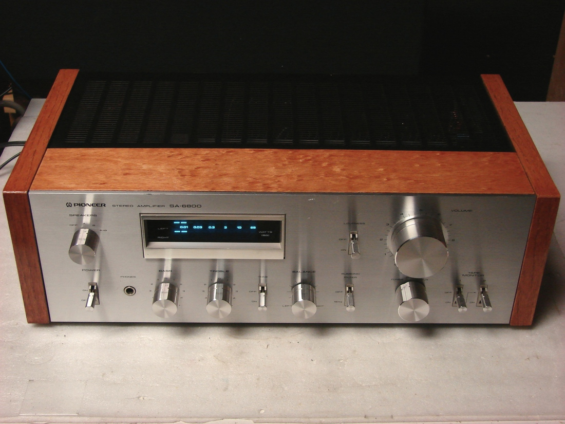 SA-6800 after service and new wood veneer.