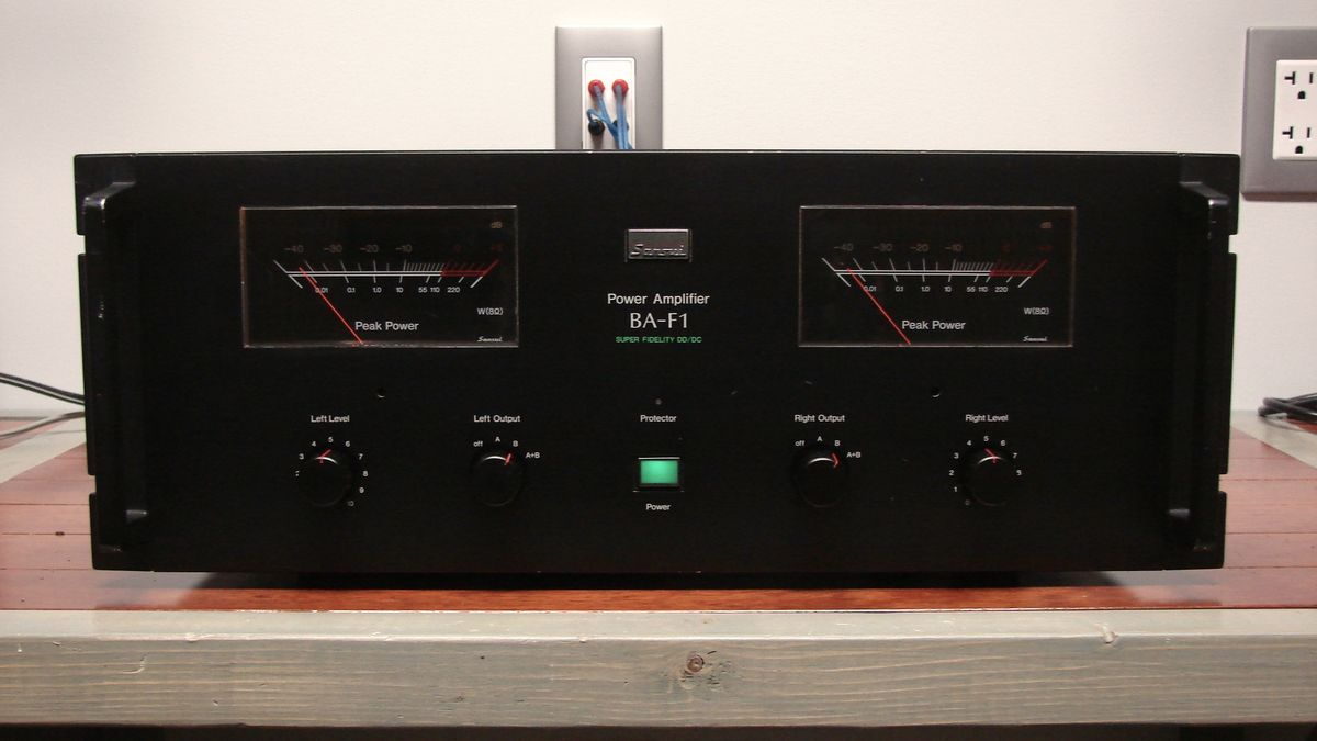 Repairs and updates to classic BA-F1 from Sansui