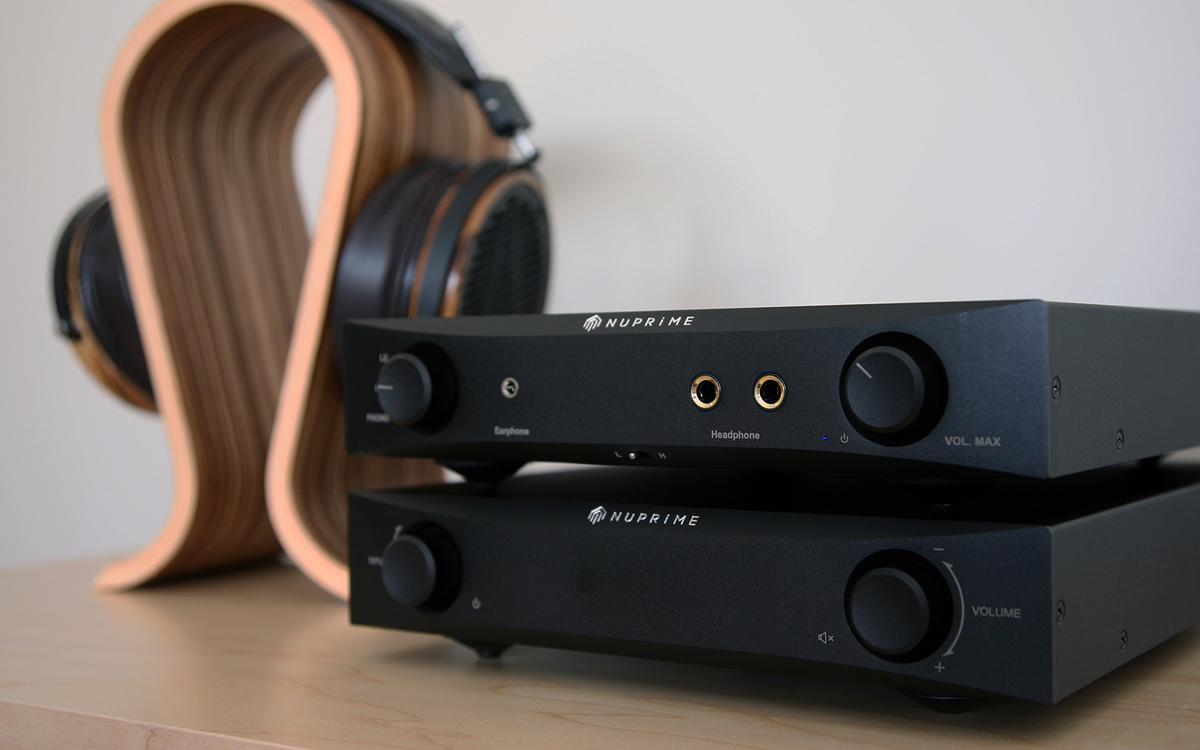 NuPrime Audio DAC-9 & HPA-9 with a great pair of Audeze headphones!