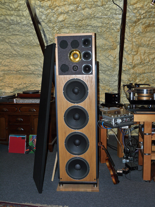 speaker cabinet, all jbl drivers with scanspeak revelator tweeter