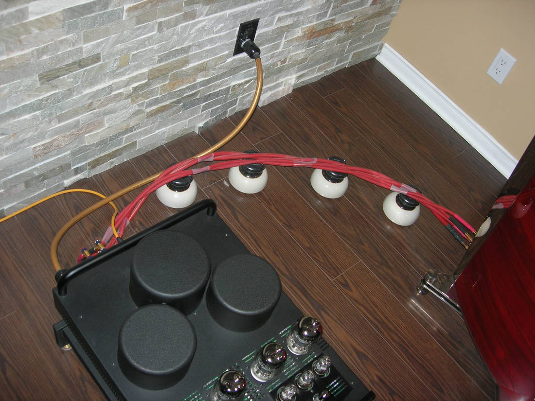 Van den Hul speaker and power cables