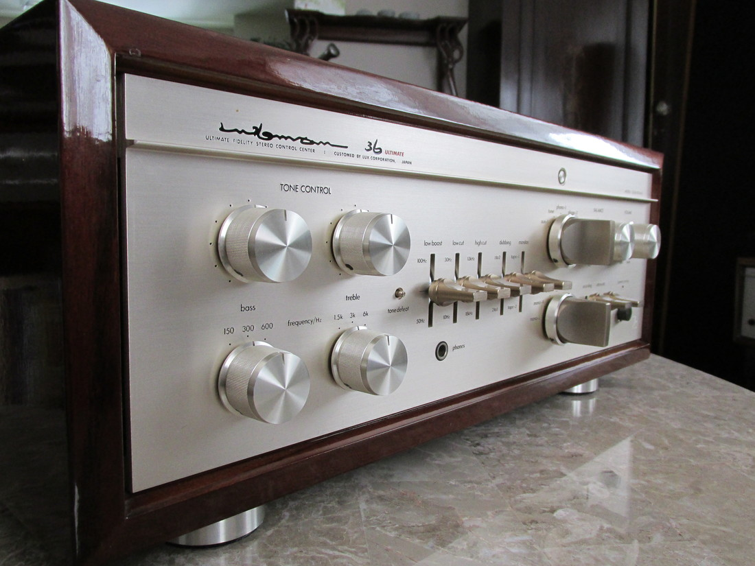 Luxman CL-36u tubed pre-amplifier, only 200 units made (1983)