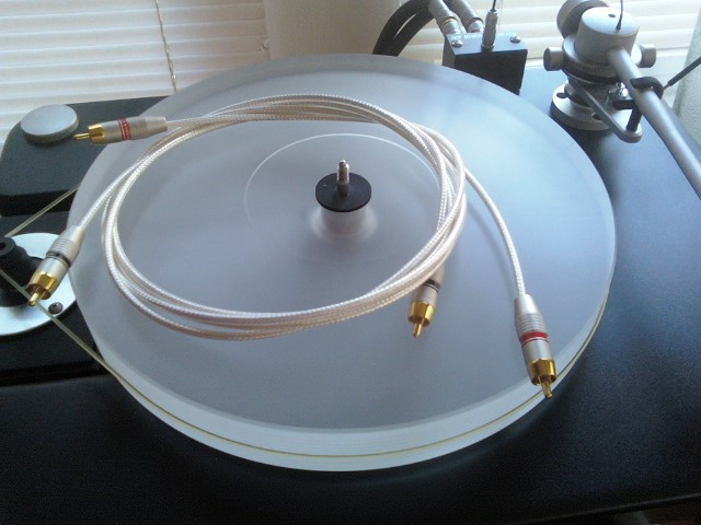My DIY silver wire IC's for turntable shelf