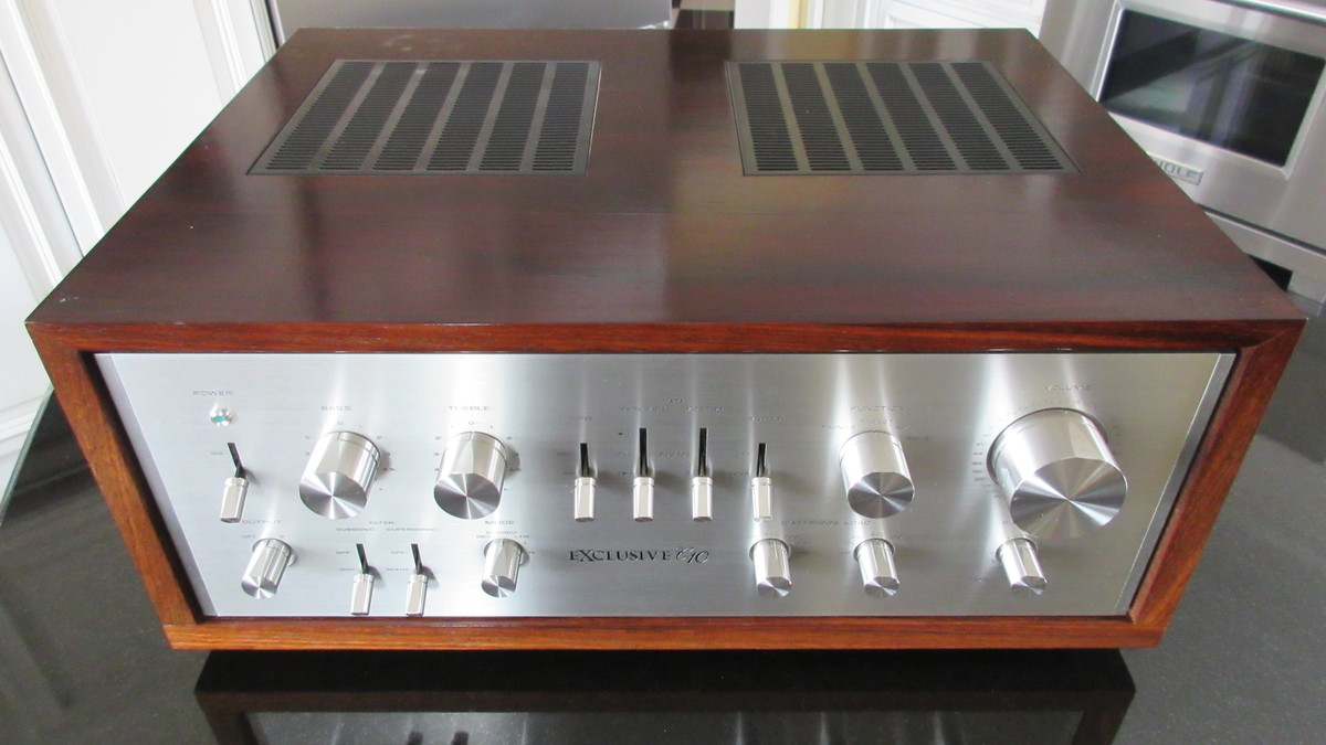 Exclusive C10 Control amplifier