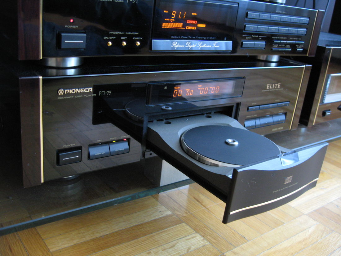 pioneer Elite PD-75 CD Player