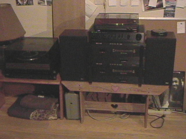 "My test bench (-; SAE preamp and 2-2400L power amps. Garrard SL95 and Dennon turntable. 2 old ""PEEWEE"" RCA  speakers."