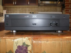 NAD 2400 THX Power Amp ***Reconditioned For Sale - Canuck