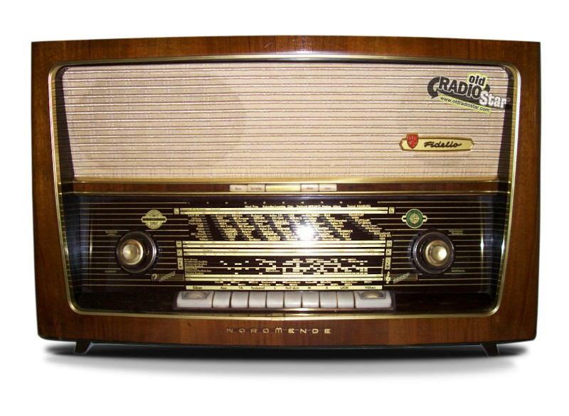 Old Time Radio NordMende Fidelio 58