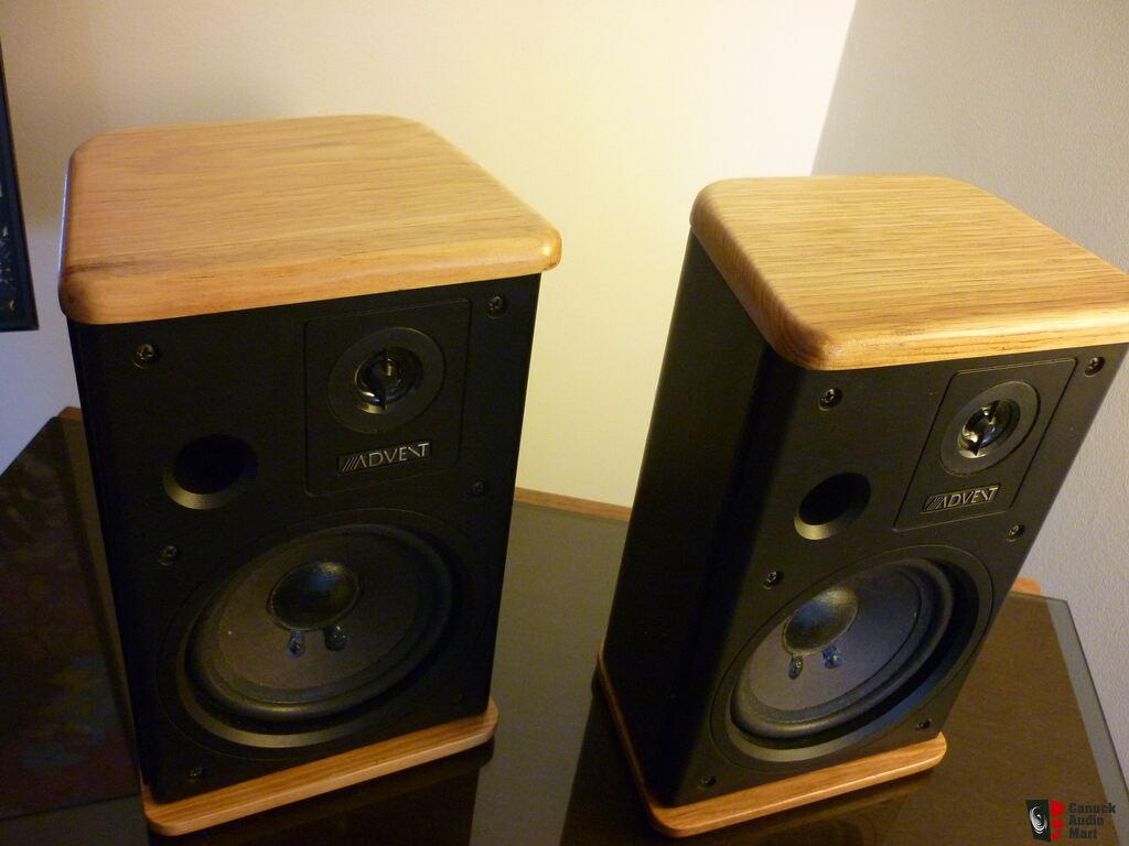 mini advent speakers reconditioned photo 1034868 us. Black Bedroom Furniture Sets. Home Design Ideas