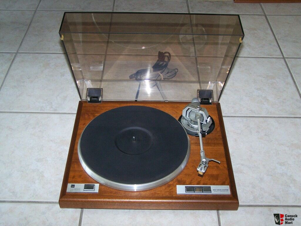 DUAL - CS 5000 - Turntable / Record Player - Amazing Condition!