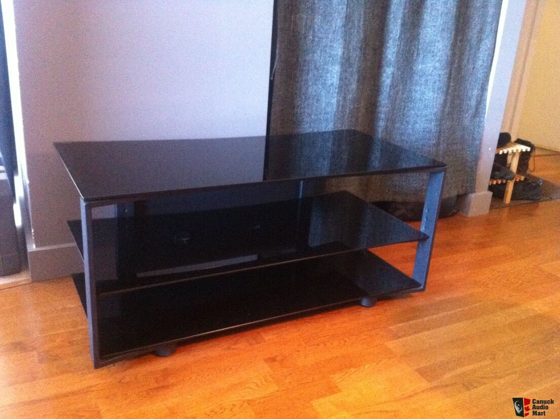 bdi vexa 9239 tv stand for sale photo 1105743 canuck audio mart. Black Bedroom Furniture Sets. Home Design Ideas