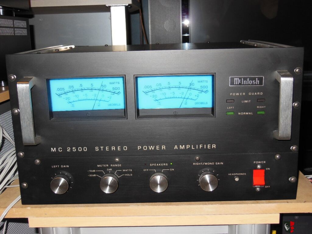 Mcintosh Stereo Power Amplifier - MC2500 - Sale pending to George