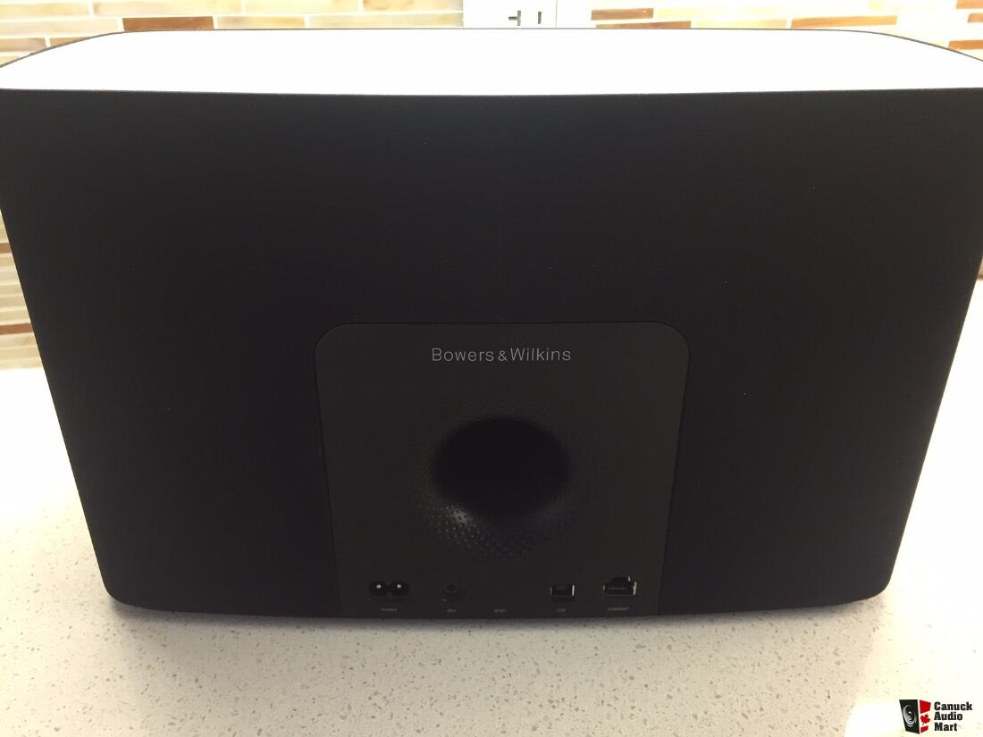 b w bowers wilkins a7 airplay speaker photo 1163263 canuck audio mart. Black Bedroom Furniture Sets. Home Design Ideas