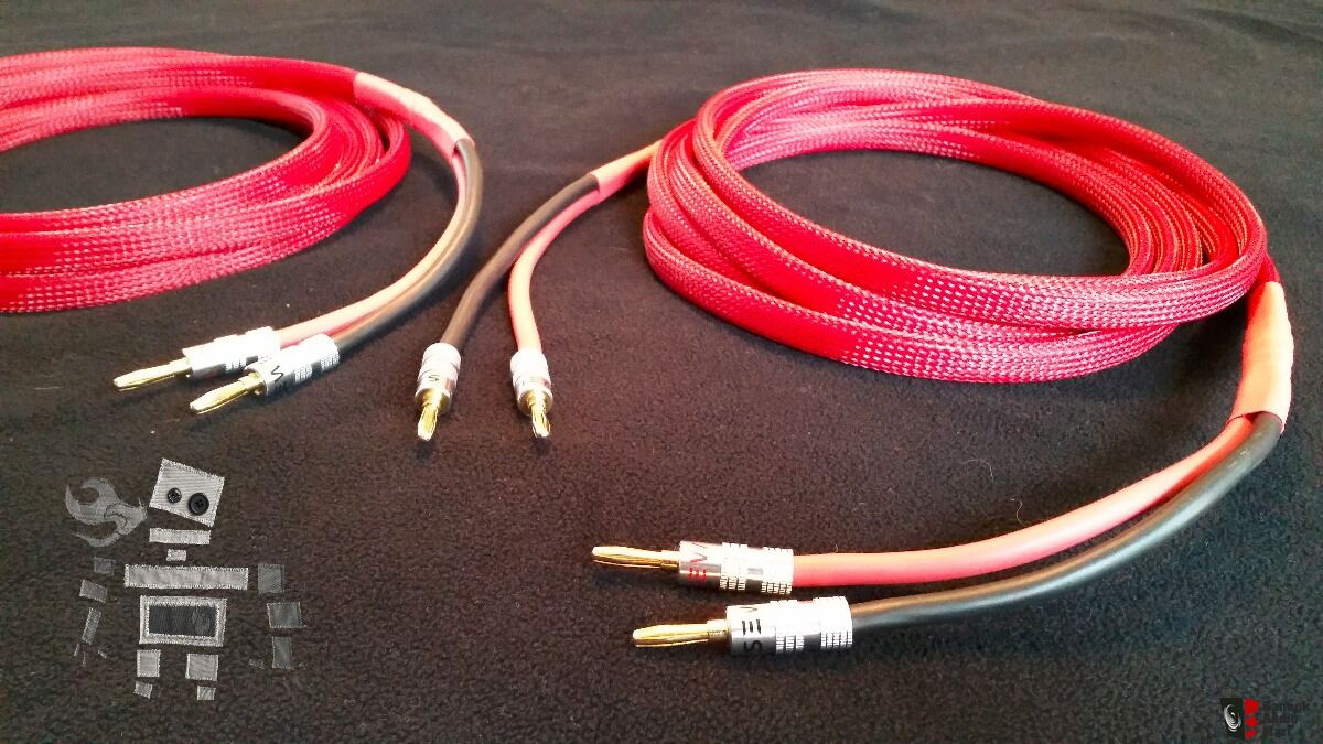 10 gauge OFC speaker wires (12\'-8\'\') terminated with banana plugs ...