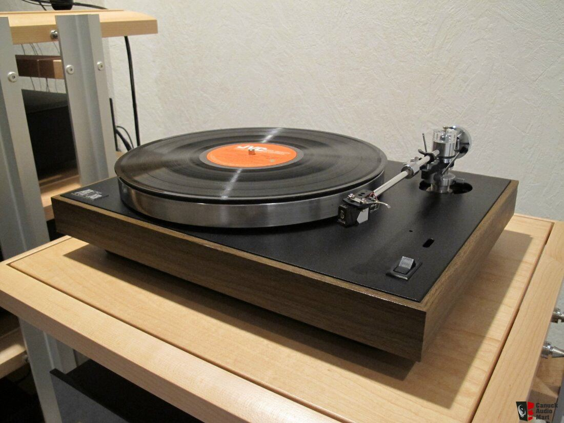 Acoustic Research AR77XB turntable with Mayware Formula IV tonearm