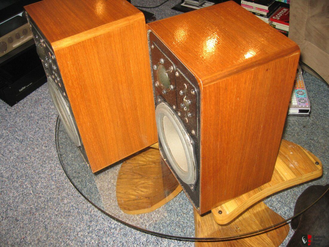 vintage braun sm1003 8 speakers nice photo 1236193. Black Bedroom Furniture Sets. Home Design Ideas