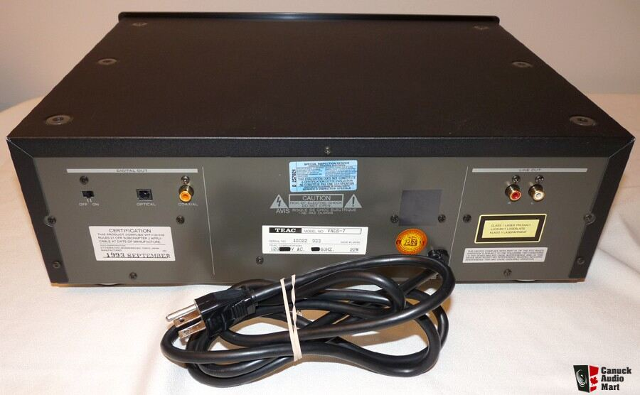teac vrds 7 cd player photo 127673   canuck audio mart