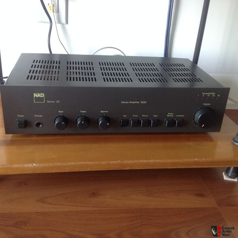 NAD 3020 Integrated Amp