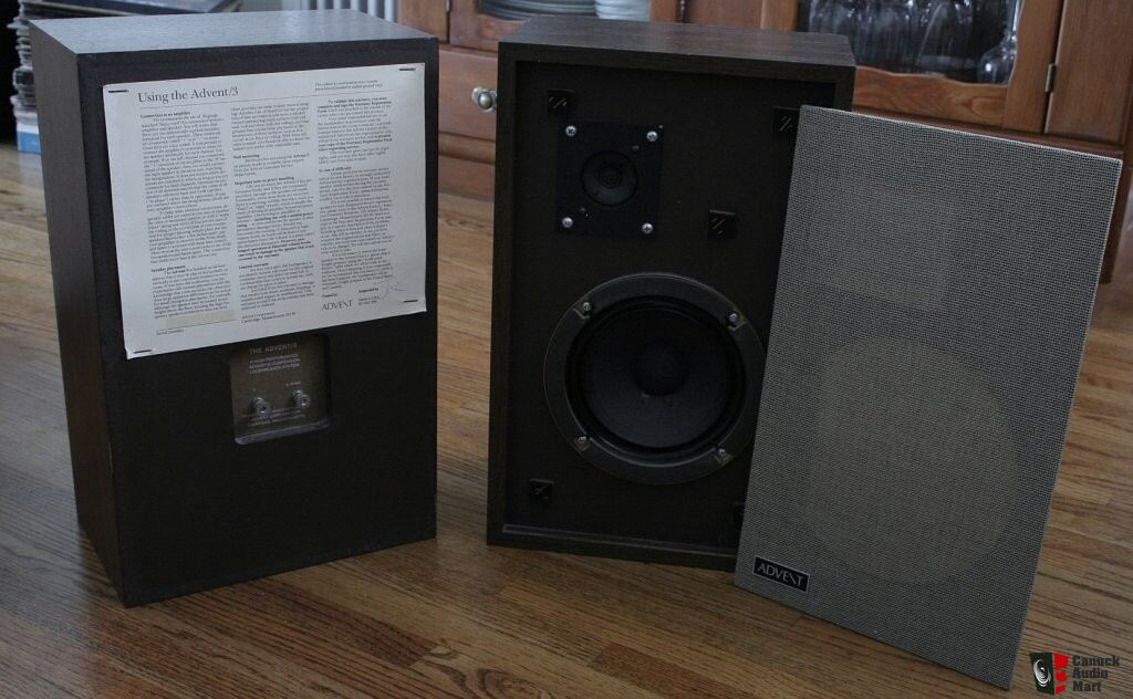 advent 3 vintage speakers photo 132092 us audio mart. Black Bedroom Furniture Sets. Home Design Ideas