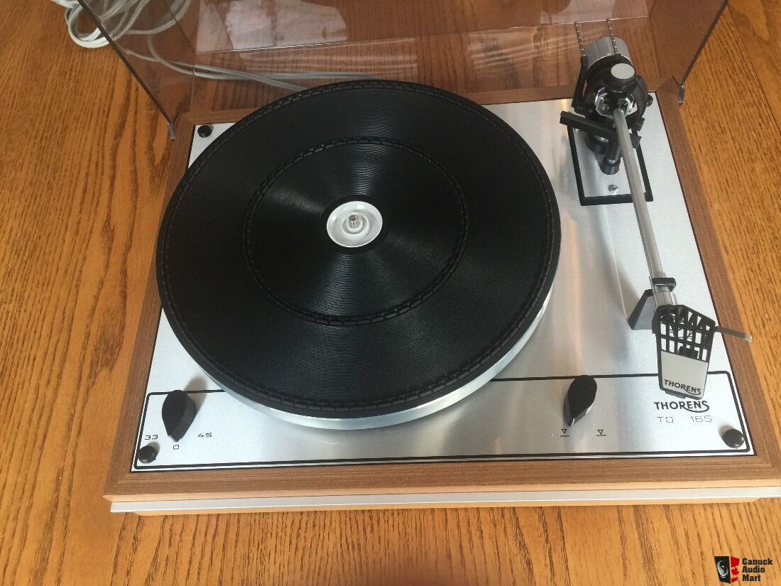 really nice old thorens td 165 turntable for sale circa 1970s photo 1321926 canuck audio mart. Black Bedroom Furniture Sets. Home Design Ideas