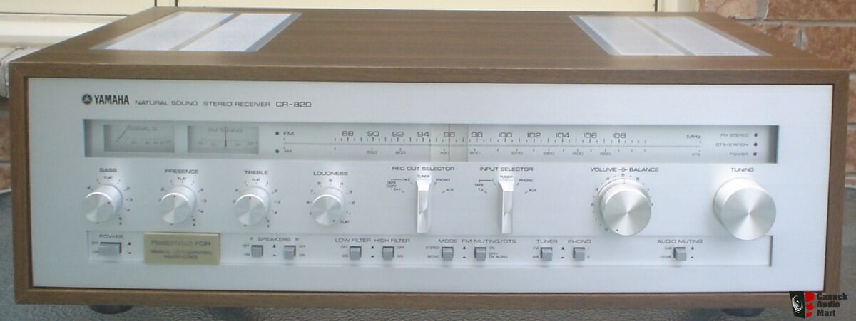 HOLD** Yamaha CR-820 AM/ FM Stereo Receiver + Owner's and ...