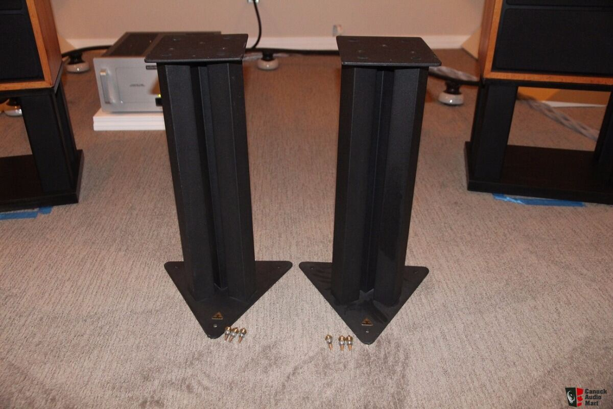 Goodwin's High End - Furniture and Stands