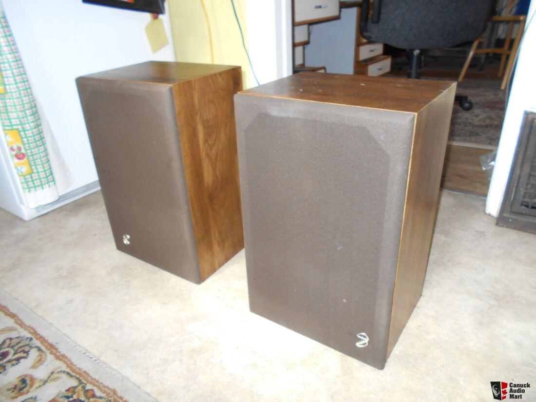 Vintage Infinity Speaker 68