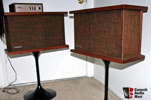 Bose 901 Series v Bose 901 Series 2 Speakers