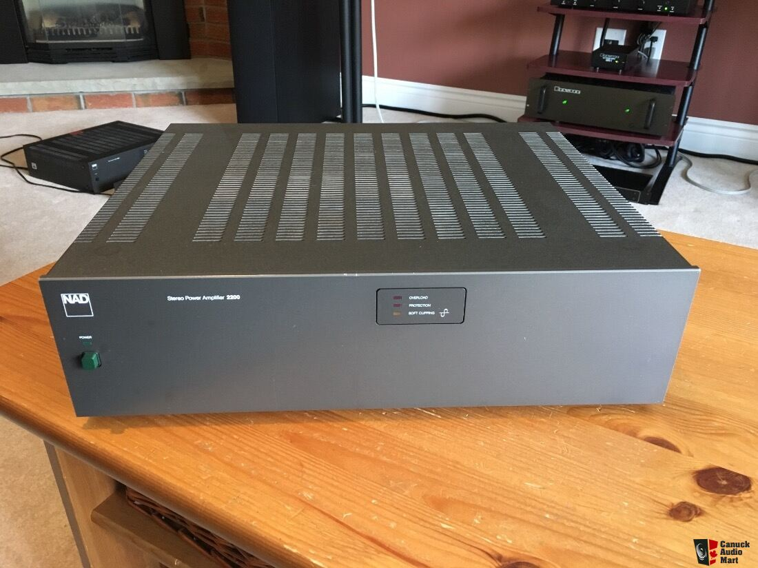 Pair of NAD 2200 Stereo Amplifiers - 1 of 2 Photo #1537080