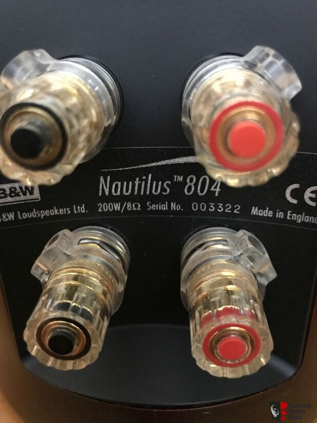 B&W Nautilus 804 - Red Cherry colour