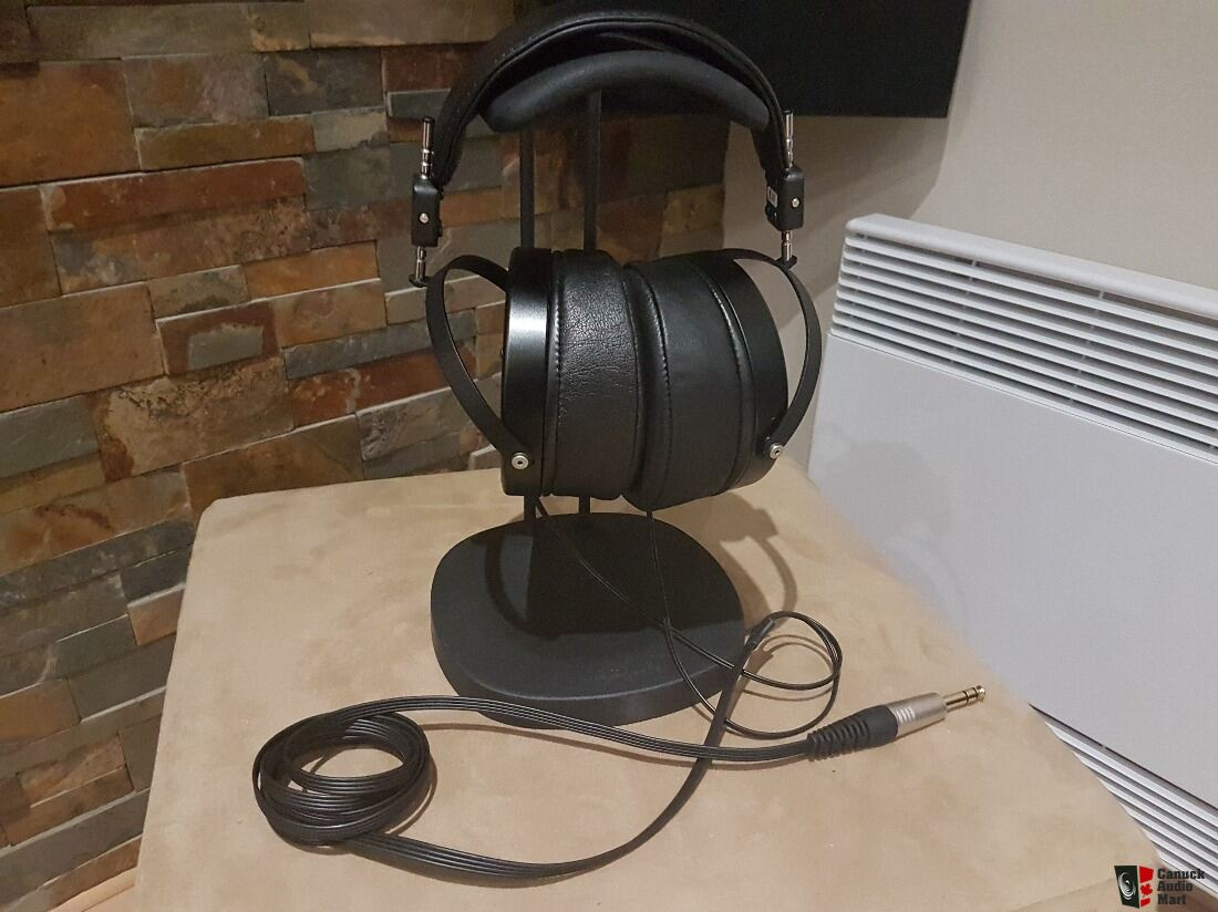 Audeze headphones LCD-X black (used +/- 2 years)