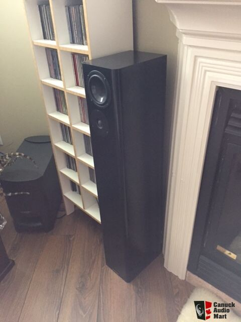 lot of speakers too many must go photo 1567715 canuck audio mart. Black Bedroom Furniture Sets. Home Design Ideas