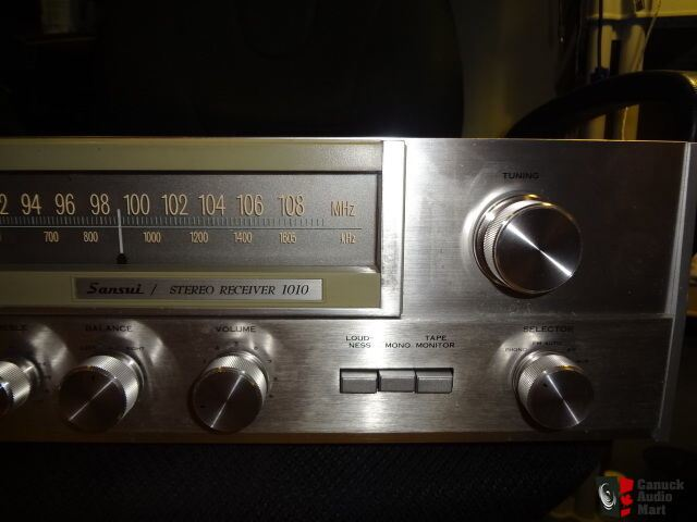 Sansui 1010 Stereo Receiver 2x10w Rms Fm Am Phono Input