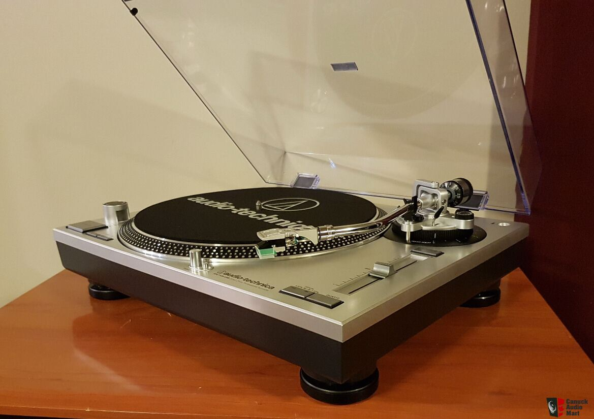 Audio Technica AT-LP120-USB Turntable. Reduced