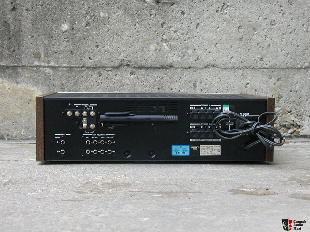 SONY STR-V4 receiver