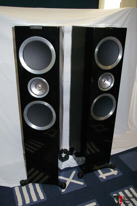 KEF R900 and R600c (gloss black)