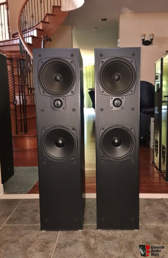 Heavy, Attractive Towers from Boston Acoustics	VR30 Lynnfield w/ original packaging