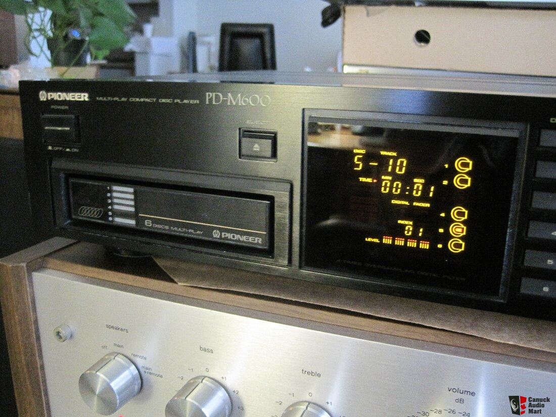 Pioneer PD-M600 Multi-Play CD Player Photo #1654716 - Canuck