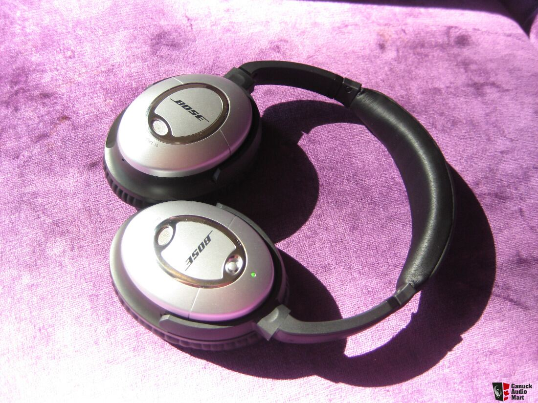 Bose QuietComfort QC15 Noise Cancelling Headphones&Case -Genuine (Silver)