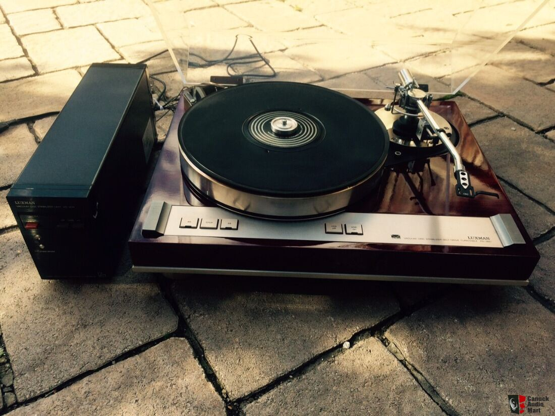 Luxman PD-350 top model turntable with SAEC tonearm Photo