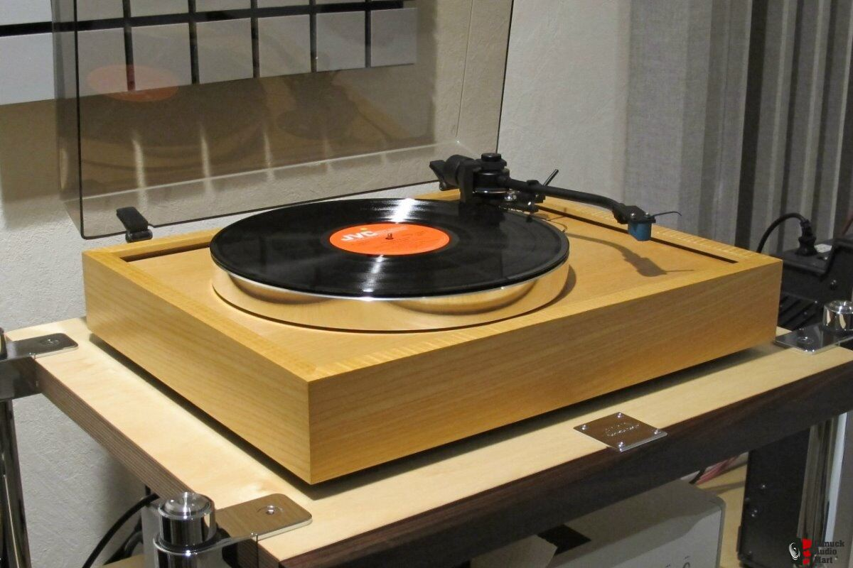 Roksan Xerxes with Jelco SA-750 DB tonearm - NEAR MINT !!!