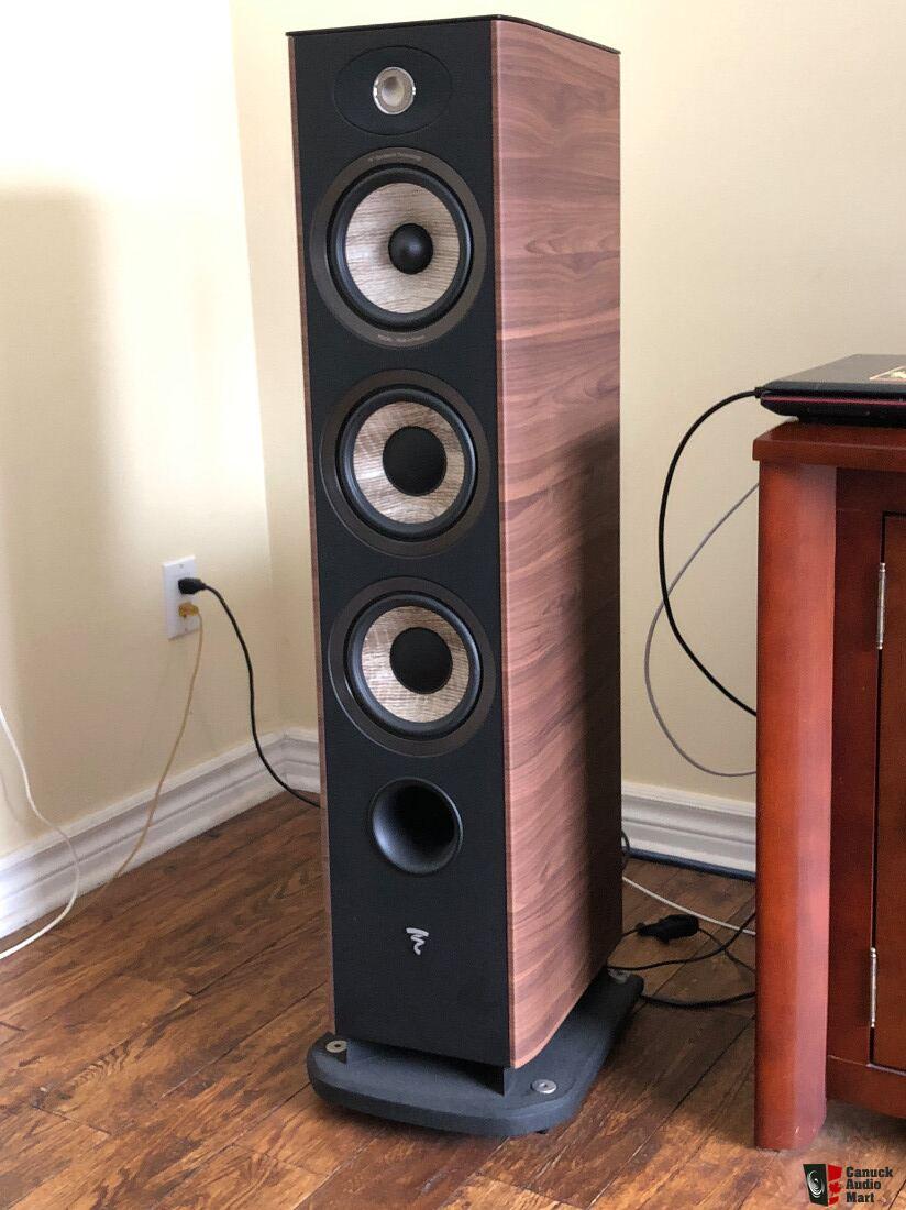 Focal Aria 926 Walnut - Like New Photo #1767883 - UK Audio Mart