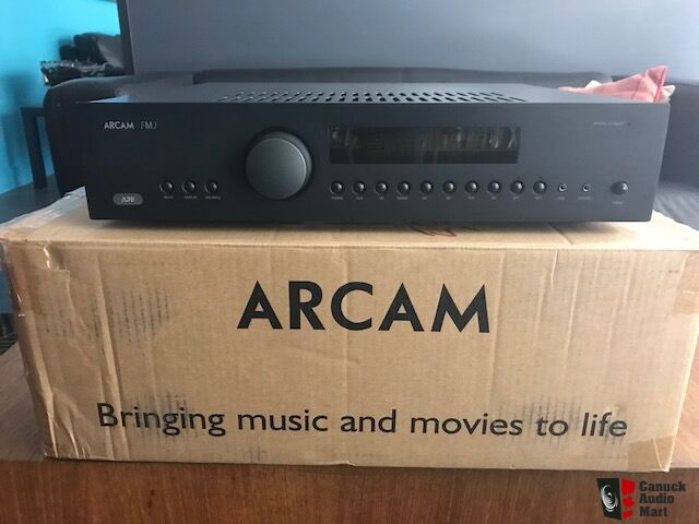 Arcam A39 - Less than 30 hours of use!!!