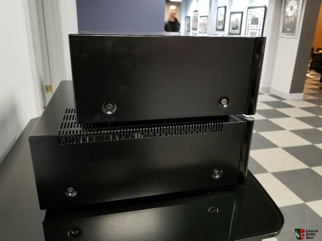 Rotel RC-1590 preamplifier Photo #1878278 - US Audio Mart