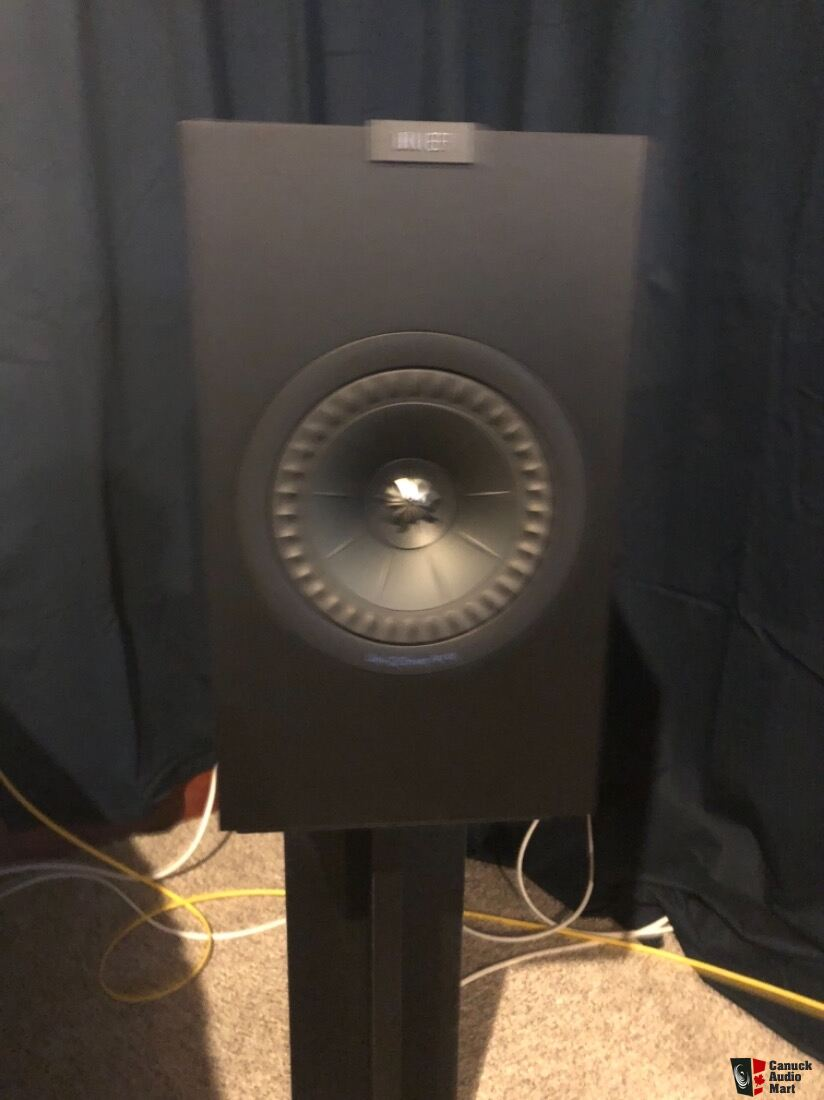 Kef q350 black mint bookshelf speakers Photo #1901179 - US