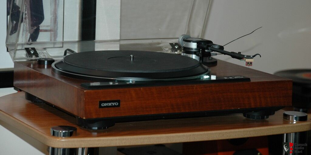 onkyo turntable. onkyo cp-1280f turntable ***sold***