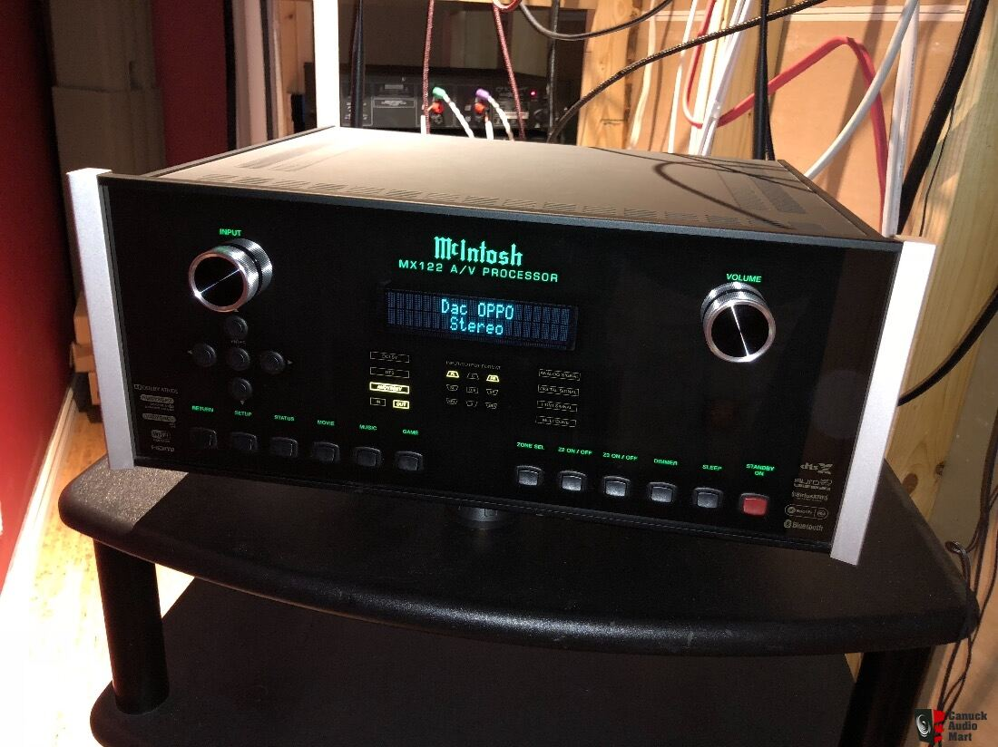 McIntosh Processeur MX122 Dolby Atmos, DTS:X and Auro-3D Photo
