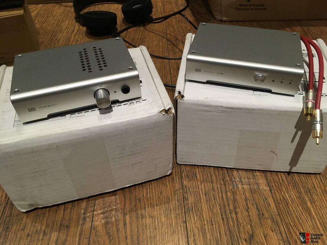 Schiit Audio stack - MAGNI 3 headphone amp / pre and MODI 2