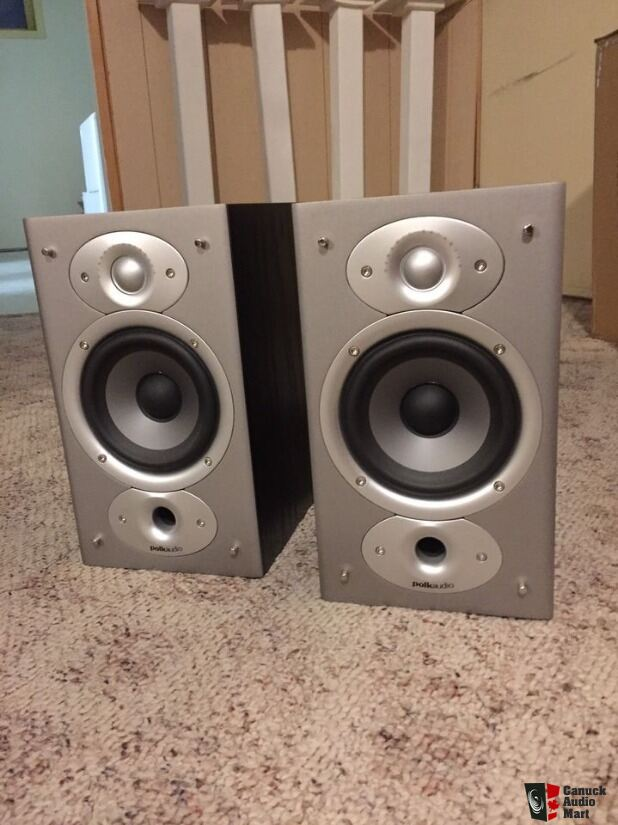 Polk RTi4 Bookshelf Speakers Pair