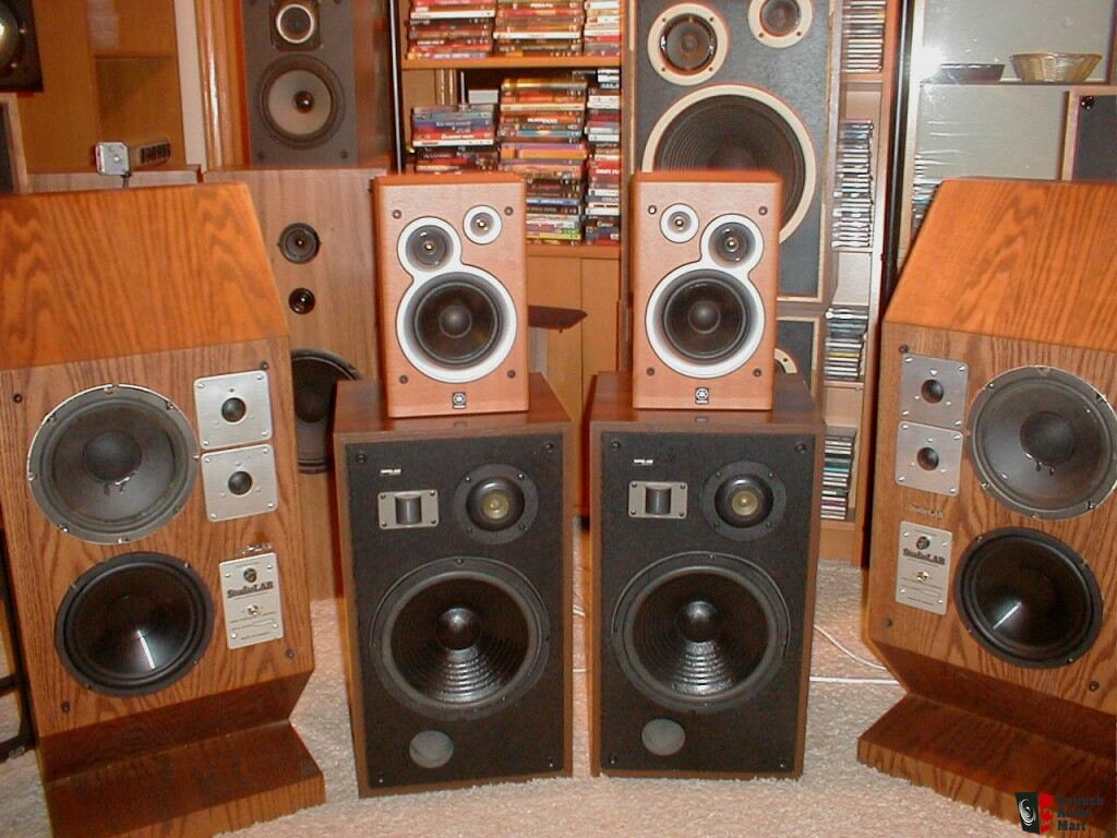 Pioneer HPM 40 Speakers http://www.canuckaudiomart.com/details/166819-famous_pioneer_hpm40_3_way_speakers_working_excellent_/images/207220/